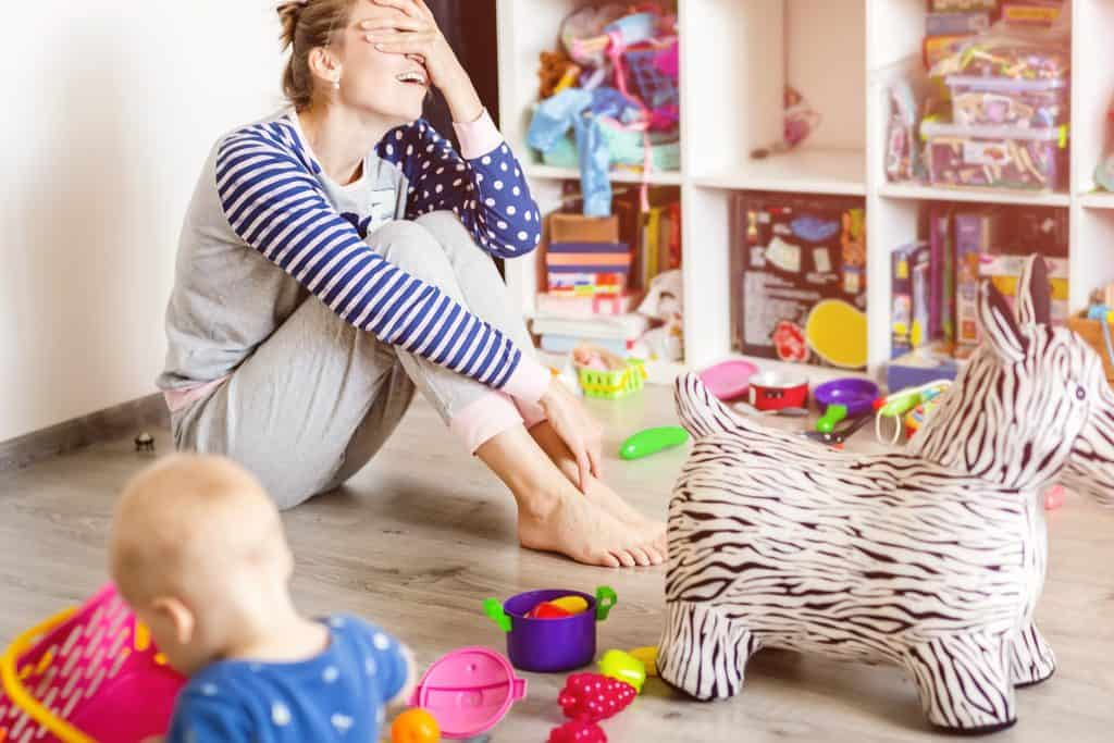 6 Things You Should Never Say to a Stay-at-Home-Mom - Very